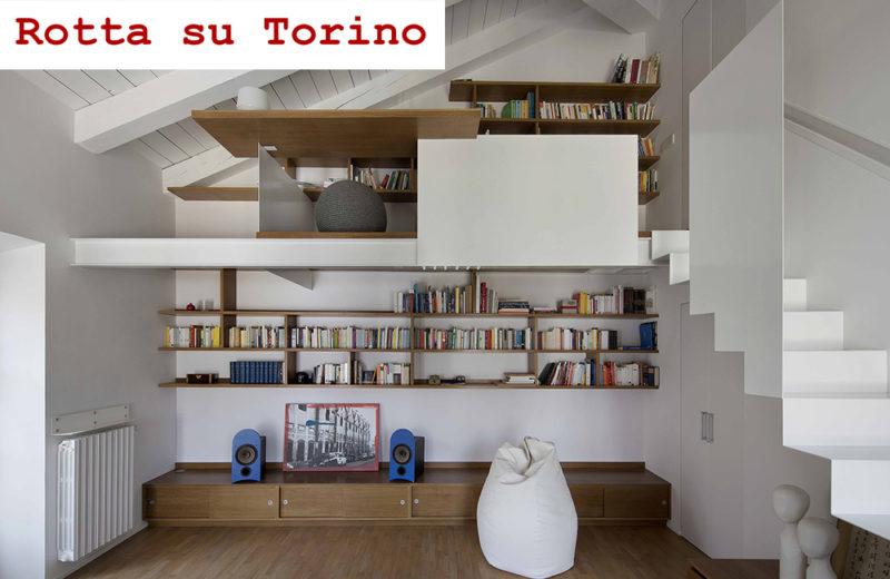 Casa con soppalco su Rotta su Torino